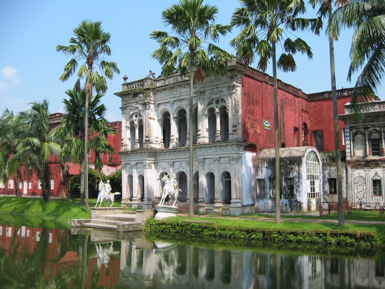 Read more about the article Sonargaon, Old Capital and Boating Trip
